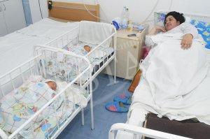 Старозагорки раждат първото си дете на 25 години