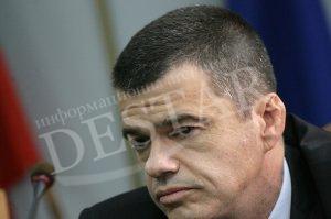 Плевнелиев: Председателят на ДАНС Константин Казаков е претърпял ПТП