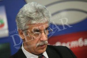 Е. Георгиев: Президентът не успя да се измъкне от прегръдката на Прокопиев